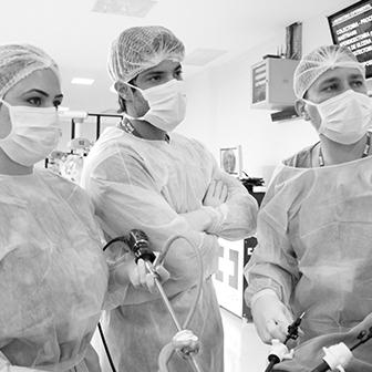 Cirugião Residente: Curso geral para residentes + emergência e trauma